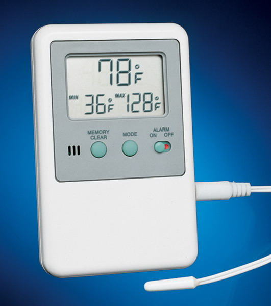 S/P® Brand Traceable® Hi/Lo Memory/Alarm Thermometer